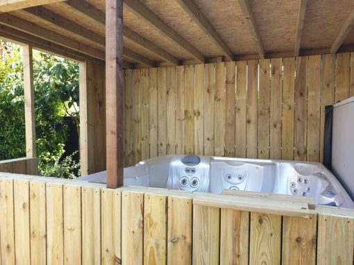 Bespoke wooden hot tub